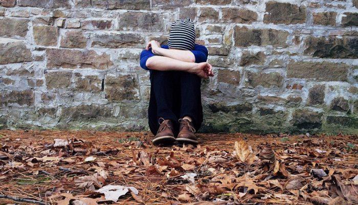 Isolement social, terrible fléau