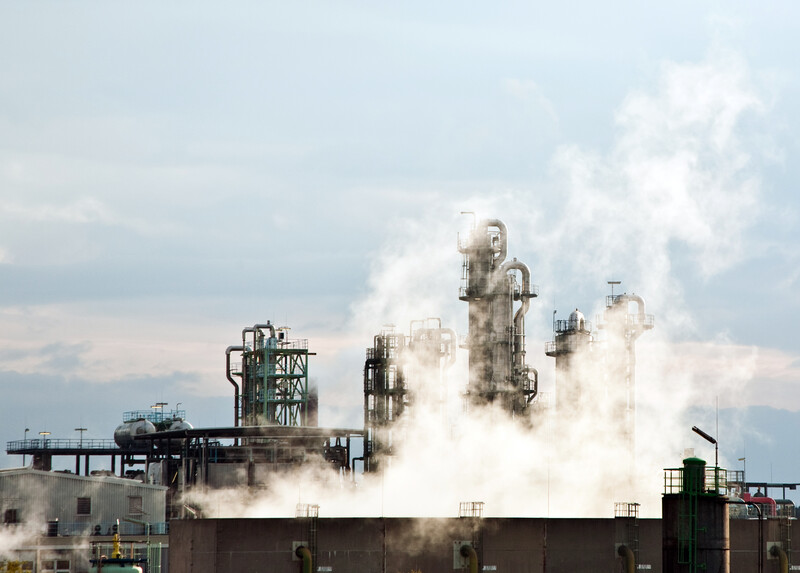 De nombreux agents chimiques sont à l'origine de maladies professionnelles reconnues par l'organisation internationale du travail.